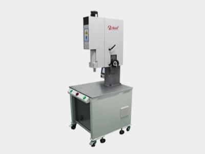 昕科技伺服超声波焊接机