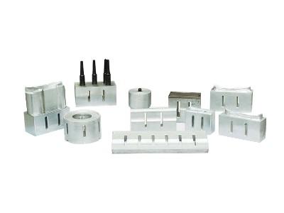 不同频率的超声波塑料焊接机的模具尺寸是不同的